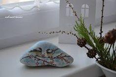 malovane kamene predaj – Vyhľadávanie Google Moth, Insects, Google, Animals, Animales, Animaux, Animal, Animais