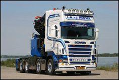 SCANIA R500. Speciaaltransport. Zw.trantsport. & kraan.