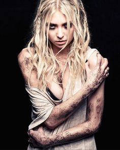 Theory Of A Deadman, Rock Queen, Three Days Grace, Halestorm, Rock Chick, Taylor Momsen, Her Smile, Latest Music, Rock N Roll
