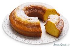 Buttermilk Bundt Cake --Allison Fishman, Contributing Editor of Cooking Light Magazine, gives her top picks for the best cooking sprays to lose weight. Pudding Desserts, Food Cakes, Cupcakes, Cupcake Cakes, Bundt Cakes, Healthy Desserts, Just Desserts, Cake Recipes, Dessert Recipes