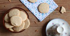 Biscuits amandes et châtaigne Sans Lactose, Lactose Free, Biscuits, Desserts, Kitchen, Almonds, Raspberries, Bergamot Orange, Sweet Recipes