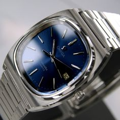 Omega Seamaster Mens Date Quart Blue Dial Swiss Made watch