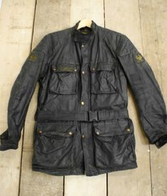 Vintage Belstaff Trialmaster Professional waxed cotton jacket. Size M L PERFECT