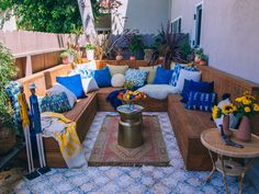 Mid-Century Meets the Mediterranean In This California Condo Outdoor Spaces, Outdoor Living, Outdoor Decor, Outdoor Ideas, Home Exterior Makeover, Makeover Before And After, Back Patio, Backyard Patio, Backyard Landscaping