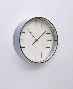 Clock, model 103 - Designed by Rudolph de Harak, 1966