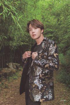 """BTS Summer Package 2019 HD scans J-Hope/ Jung Hoseok/ Hobi lockscreen/ wallpaper. Gwangju, Jung Hoseok, K Pop, J Hope Smile, Happy Smile, J Hope Tumblr, J Hope Dance, Rapper, Bts Summer Package"