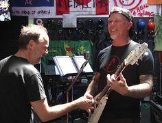 They're so cute 😁 Look how much fun they're having 😄🤘 #jameshetfield #larsulrich #metallica #cuties #smile #funny #thrashmetal #metal #papahet #jameshotfield #cuteboy #tattooedguy #guitar #guitarist #metallicafamily #music #singer #thrash