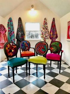 Mexican Textiles That Wow – Chair Whimsy Mexikanische Textilien, die begeistern – der Stuhl-Stylist Decor, Funky Furniture, Boho Dining Chairs, Chair, Boho Chair, Painted Chairs, Eclectic Chairs, Furniture Makeover, Cool Furniture