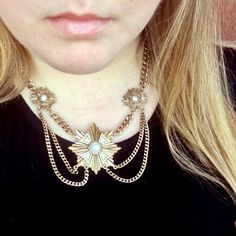 🎉HP🎉 Victorian Inspired Gold Tiered Necklace Victorian Inspired gold tiered necklace with white pearl accents Jewelry Necklaces