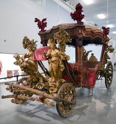 Carrosse du couronnement de Lisbonne. Dimensions 728 x 246 x 325