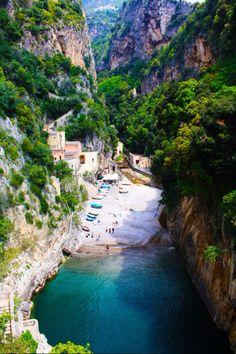 Furore Italy. Amalfi coast #feelyourfreedom #sloggifreedom