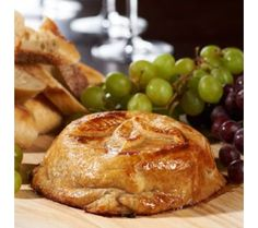 David Venable's Baked Brie with Raspberry Jam, Almonds, and Cranberries