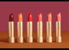 Find clean makeup and cosmetics at ILIA Beauty. ILIA Beauty offers clean makeup that makes your skin look & feel alive. Shop now! Ilia Lipstick, Boot Jewelry, Lip Conditioner, Clean Makeup, Latest Hairstyles, Beauty Shop, Clean Beauty, Beauty Secrets, Natural Health