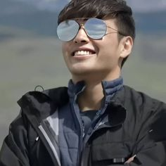 Kang Haneul, Mirrored Sunglasses, Mens Sunglasses, Drama Korea, Korean Actors, Good Morning, Kdrama, Squad, Eye Candy