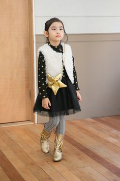 Ozkiz Warm Star Dress. Perfect for F/W season 2016. OZKIZ, a Korean top brand for kids clothes and shoes collection, founded in 2010. Get it now on www.ozkiz.com Also available on www.amazon.com