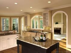Traditional Two-Tone Kitchen Cabinets #24 (Kitchen-Design-Ideas.org)