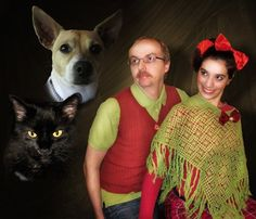 31 Fantastically Awkward Holiday Family & Pet Photos (One for Every Day in December) | Life With Cats