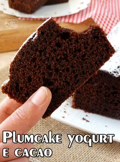 Plumcake yogurt e cacao Sweet Cooking, Plum Cake, Tasty, Yummy Food, Healthy Cake, Breakfast Cake, Cake Cookies, Cake Recipes, Bakery
