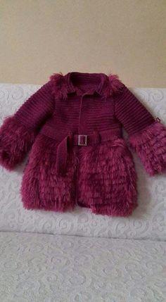 New Crochet Baby Girl Cardigan Hoods Ideas Baby Girl Cardigans, Baby Sweaters, Baby Girl Dresses, Baby Dress, Knitting For Kids, Baby Knitting Patterns, Crochet For Kids, Knit Crochet, Knitted Baby