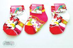 Hello Kitty 3 calcetas para bebe (rojo) $22.00