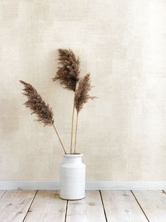 A wallpaper collection of warm and touchable materials, colours that are in harmony with nature and with life itself. Minimal Photography, Interior Inspiration, Design Inspiration, Beige Aesthetic, Wabi Sabi, Wall Collage, Home Crafts, Diy Bedroom Decor, Earthy