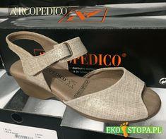 Bardzo wygodne sandały Arcopedico z paseczkiem pomagajacym dopasować but do stopy. Wedges, Shoes, Fashion, Moda, Zapatos, Shoes Outlet, Fashion Styles, Shoe, Footwear