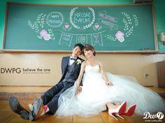Sea Photo, Tuxedo Dress, Wedding Photos, How To Plan, Studio, Couples, Wedding Dresses, Photography, Image