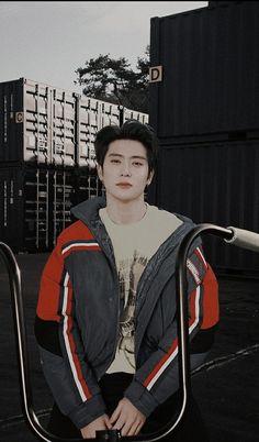 Dark Wallpaper, Wallpaper Backgrounds, Lock Screen Backgrounds, Nct 127, K Pop, Seoul, Rapper, Def Not, Lil Boy