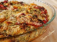 These baked bell peppers are a very colourful and delicious side dish. It is a very easy to make and yummy recipe. Italian Dishes, Italian Recipes, Side Dish Recipes, Side Dishes, Eggplant Recipes, Vegetable Dishes, Fruits And Veggies, Healthy Cooking, Macaroni And Cheese