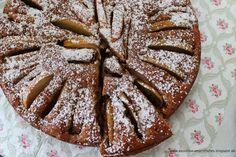 (Vor-) Weihnachtlicher Apfelkuchen mit Spekulatius und Roggenvollkornmehl  www.aboutloavesandfishes.blogspot.de
