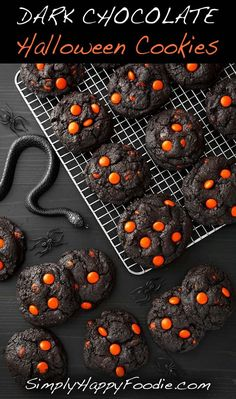 Chocolate Halloween Cookies make a spooky and tasty treat! The dark as nigh . Dark Chocolate Halloween Cookies make a spooky and tasty treat! The dark as nigh .,Dark Chocolate Halloween Cookies make a spooky and tasty treat! The dark as nigh . Halloween Cookies, Halloween Desserts, Plat Halloween, Chocolat Halloween, Postres Halloween, Hallowen Food, Halloween Chocolate, Halloween Food For Party, Halloween Biscuits