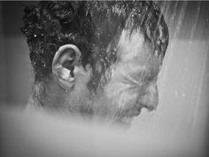 Mark Cavendish dealing with the pain in the shower after his crash on Stage 4, TdF 2012! (Scott Mitchell)