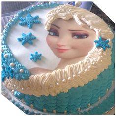 Bolo Frozen!!! ❄️❄️❄️#frozen #loucasporbolo #bolo #cake #confeitaria #casaraobolos