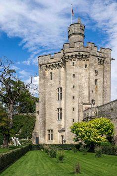 ✅ Donjon du château de Vez (Oise)