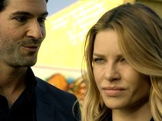 Still of Tom Ellis and Lauren German in Lucifer (2016)