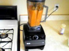 carrot soup n vitamix Vitamix Soup Recipes, Blender Recipes, Pureed Food Recipes, Vitamix 5200 Blender, Blender Soup, Dash Recipe, Raw Food Detox, Best Blenders, Carrot Soup