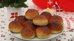 Tebolle med kardemomme Den klassiske tebolle med kardemomme, som egner sig perfekt til fødselsdagsfesten