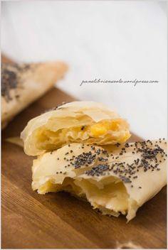 fagottini-di-pasta-fillo-con-pesche-e-parmigiano