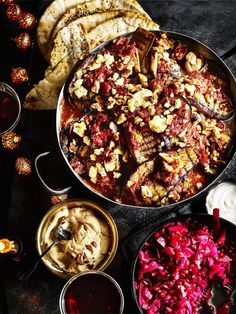 Try our Persian aubergine bake recipe. This vegetarian aubergine recipe is an easy Persian aubergine recipe to feed your vegetarian friends. Veggie Recipes, Baking Recipes, Healthy Recipes, Salad Recipes, Cajun Recipes, Potato Recipes, Pasta Fusilli, Baked Eggplant Recipes, Aubergine Recipe