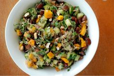 Never quite sure how to use kelp noodles? Try this Thai Mango, Lima Bean and Noodle Salad.