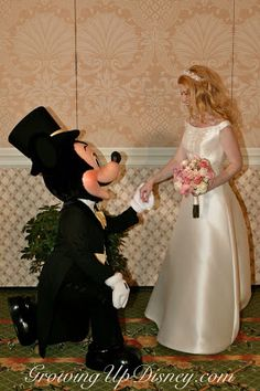 Growing Up Disney: Five Photos: Fun Wedding Pictures with Mickey and Minnie