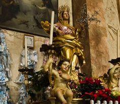 Aparición y Milagro de un Zarzal: Virgen de las Flores de Bra, Italia  29 de diciembre, 8 de septiembre http://forosdelavirgen.org/458/virgen-de-las-flores-de-bra-italia-29-de-diciembre/
