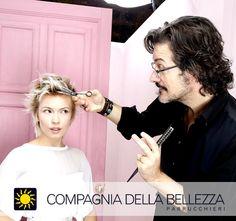 ¡Último día de Julio y entramos en Agosto! ¿Listas para las vacaciones? Antes...un corte en un salón Compagnia della Bellezza para pasar el mes como una princesa!