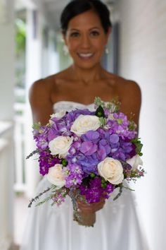 View the profile of Nicco Floral Design, a top Hawaii vendor in the 'Florists'…
