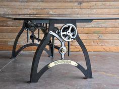 Vintage crank tafel - Industriële tafel - Stoer - werkbank - eettafel - Wonen voor Mannen - WVM