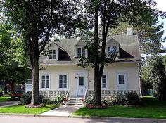 Belle maison ancestrale située au 3843 Chemin de Tilly, St-Antoine-de-Tilly, Québec, Photo prise le 9 juillet 2012.