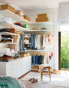 Cupboard organizing systems are sometimes pricey. Save money, time, and stress with these quick and easy DIY closet organizers ideas. #closet #closetideas #closetorganization