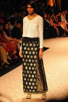 Ritu Kumar LABEL ~ Lakme Fashion Week Winter/Festive2013 - Fashion Blog - For All Things Beautiful - The Purple Window