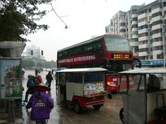 Snapshots taken on an hour walkabout outside Zhongshui International Hotel.