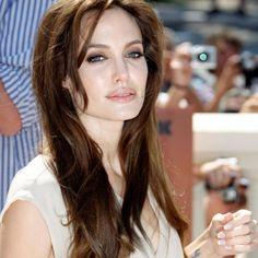 couleur cheveux angelina jolie